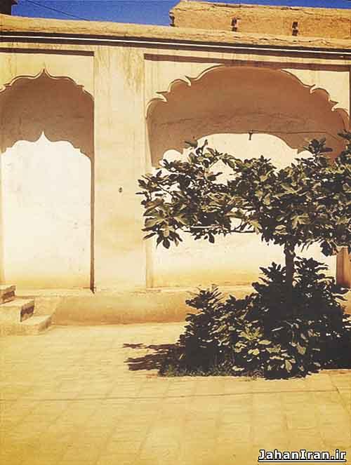 خانه ارباب نوشآباد