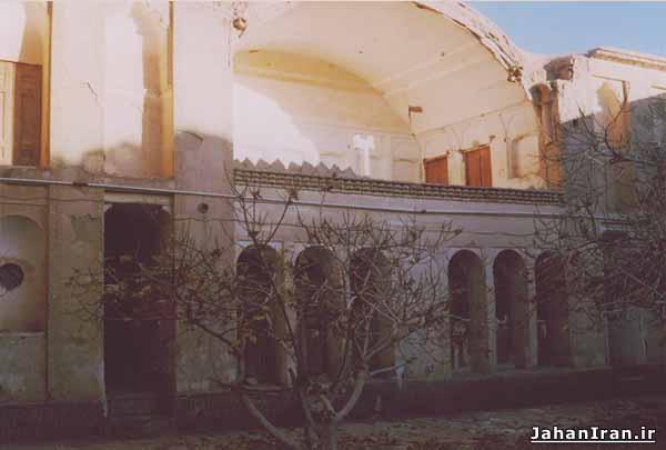 خانه تاریخی ارباب حسین مهابادی