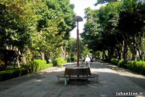 خیابان چهارباغ (چهارباغ عباسی) اصفهان