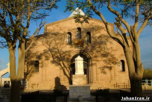 Shogaghat Church 002 - Tabriz.jpg